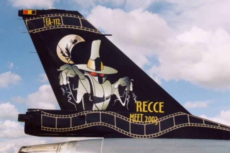 F16_tail_recce_FA112